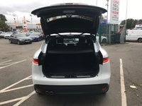USED 2017 67 JAGUAR F-PACE 2.0L PORTFOLIO 5d AUTO 178 BHP PAN ROOF-POWER TAILGATE +MORE