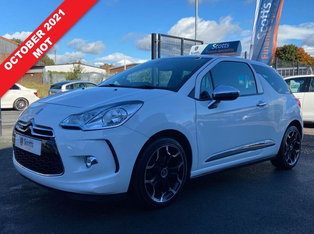 USED 2011 61 CITROEN DS3 1.6 DSTYLE PLUS 3 DOOR WHITE CRUISE 2 KEYS