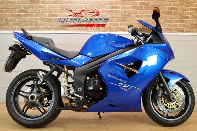 USED 2005 05 TRIUMPH SPRINT ST 1050