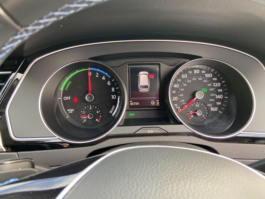 USED 2017 17 VOLKSWAGEN PASSAT 1.4 GTE DSG 5d 156 BHP NAV