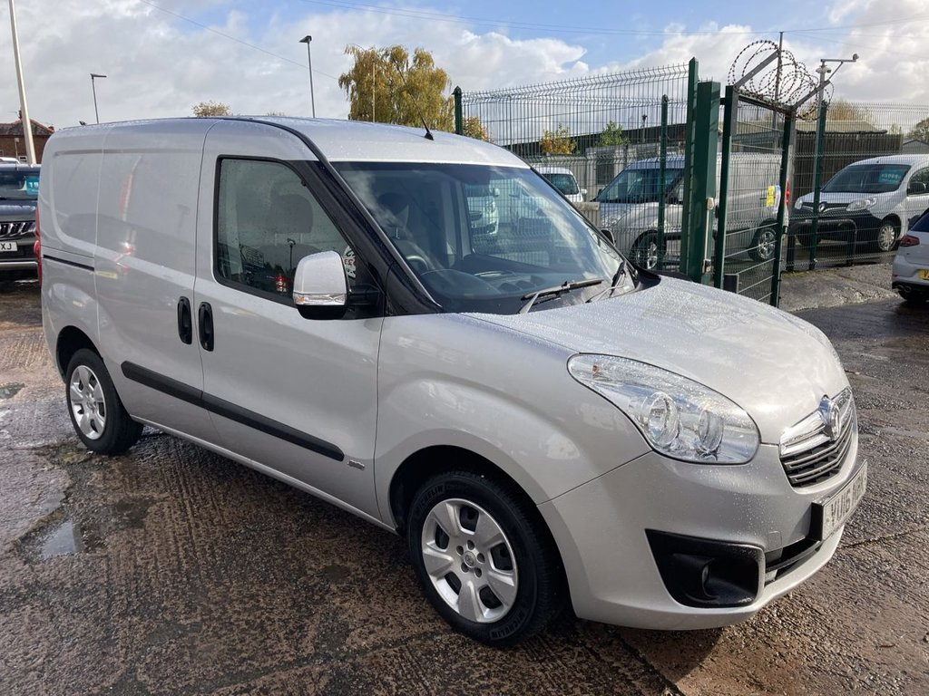 USED 2016 16 VAUXHALL COMBO 1.2 2000 L1H1 CDTI S/S SPORTIVE 90 BHP TWIN SLD 1 OWNER FSH NEW MOT  FREE 6 MONTH WARRANTY INCLUDING RECOVERY AND ASSIST GREAT SPECIFICATION