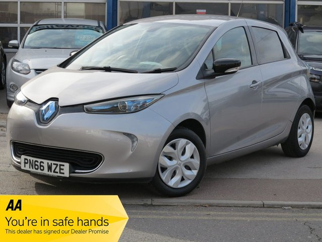 USED 2016 66 RENAULT ZOE 0.0 EXPRESSION NAV 5d 92 BHP