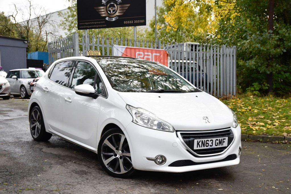 USED 2014 63 PEUGEOT 208 1.6 E-HDI FELINE NAVIGATION VERSION 5d 115 BHP