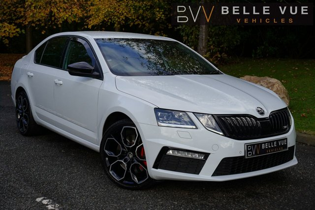 USED 2017 67 SKODA OCTAVIA 2.0 VRS TSI DSG 5d 242 BHP *VRS STYLING, APPLE CAR PLAY, TOUCH SCREEN ENTERTAINMENT*