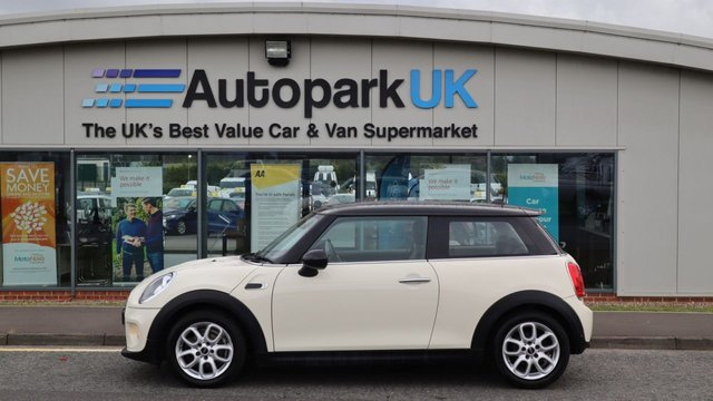 USED 2015 15 MINI HATCH COOPER 1.5 COOPER D 3d 114 BHP . LOW DEPOSIT OR NO DEPOSIT FINANCE AVAILABLE . COMES USABILITY INSPECTED WITH 30 DAYS USABILITY WARRANTY + LOW COST 12 MONTHS ESSENTIALS WARRANTY AVAILABLE FOR ONLY £199 . ALWAYS DRIVING DOWN PRICES . BUY WITH CONFIDENCE . OVER 1000 GENUINE GREAT REVIEWS OVER ALL PLATFORMS FROM GOOD HONEST CUSTOMERS YOU CAN TRUST .