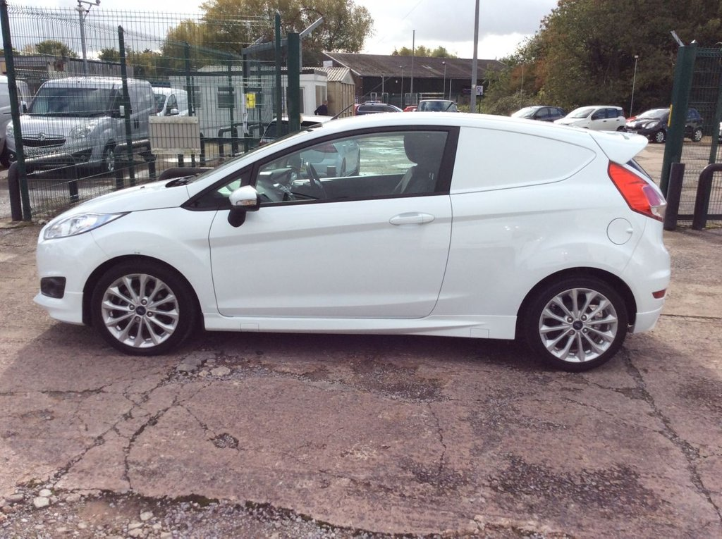 USED 2016 66 FORD FIESTA 1.5 SPORT TDCI 94 BHP 1 OWNER FSH NEW MOT SAT NAV FREE 6 MONTH WARRANTY INCLUDING RECOVERY AND ASSIST NEW MOT SATELLITE NAVIGATION