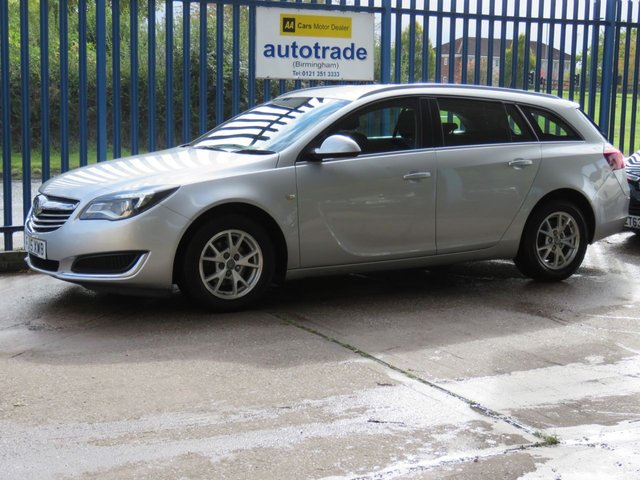 USED 2015 15 VAUXHALL INSIGNIA 2.0 DESIGN CDTI ECOFLEX S/S Estate 118 Cruise DAB Auto lights  Finance arranged Part exchange available Open 7 days