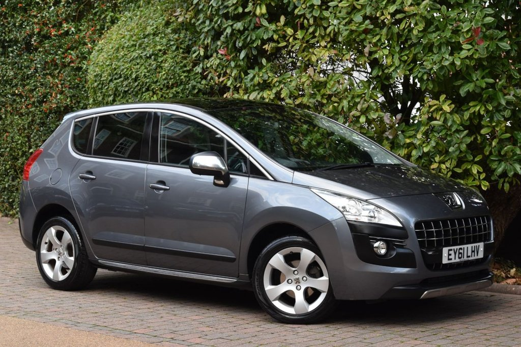 USED 2011 61 PEUGEOT 3008 1.6 EXCLUSIVE E-HDI FAP 5d 112 BHP