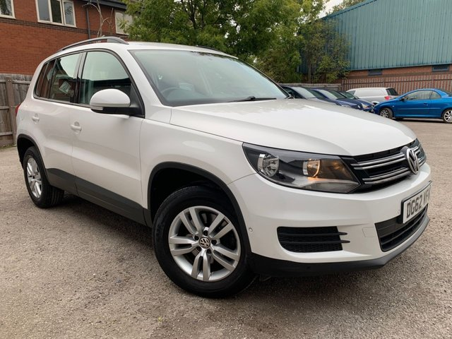 USED 2012 62 VOLKSWAGEN TIGUAN 2.0 S TDI BLUEMOTION TECHNOLOGY 5d 109 BHP FRONT AND REAR PARKING SENSORS, PRIVACY GLASS