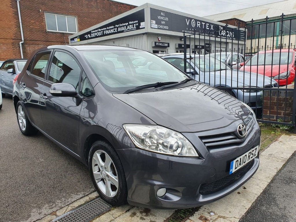 USED 2010 10 TOYOTA AURIS 1.6 TR VALVEMATIC  5d 132 BHP LOW MILES + GREAT HISTORY