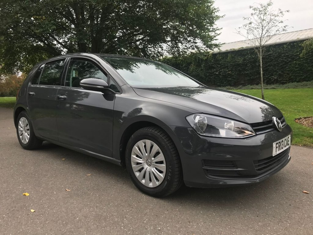 USED 2013 13 VOLKSWAGEN GOLF 1.2 S TSI BLUEMOTION TECHNOLOGY 5d 84 BHP 1 FORMER OWNER FULL VOLKSWAGEN SERVICE HISTORY