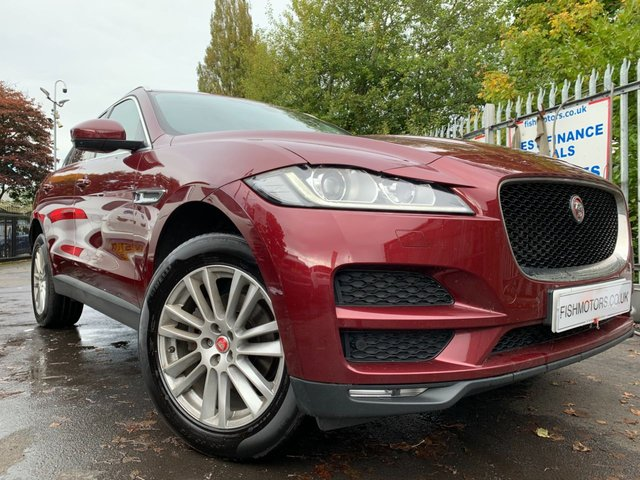 """USED 2017 17 JAGUAR F-PACE 2.0 PORTFOLIO AWD 5d 178 BHP WILL COME WITH 12 MONTHS MOT-2 KEYS+19""""ALLOYS+CLIMATE+AUX+LEATHER TRIM+HEATED SEATS+PAN ROOF+PARKING SENSORS+NAVIGATION WITH SD CARD+CAMERA+BLUETOOTH+USB+DAB+"""