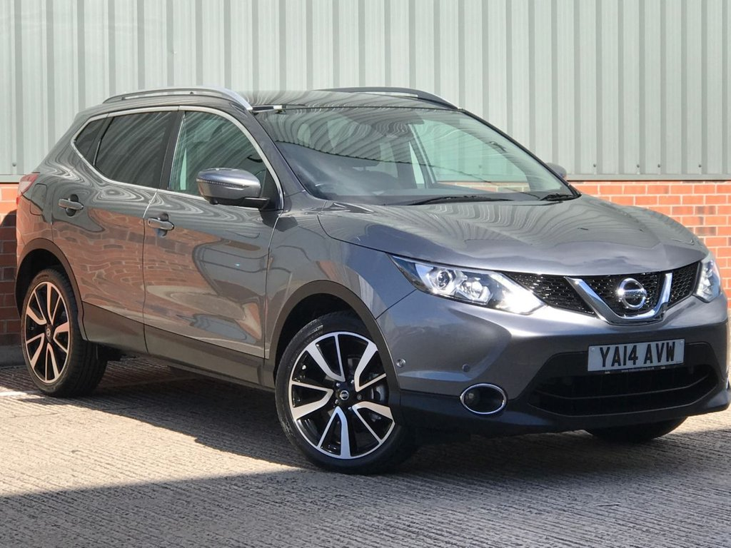 USED 2014 14 NISSAN QASHQAI 1.5 DCI TEKNA 5d 108 BHP EXCELLENT ONE OWNER FROM NEW EXAMPLE
