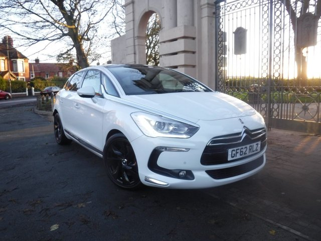 USED 2012 62 CITROEN DS5 2.0 HDI DSTYLE 5d 161 BHP *PANORAMIC ROOF*FULL LEATHER MASSAGE SEAT*ELETRIC SEATS*SAT NAV*BLUETOOTH*