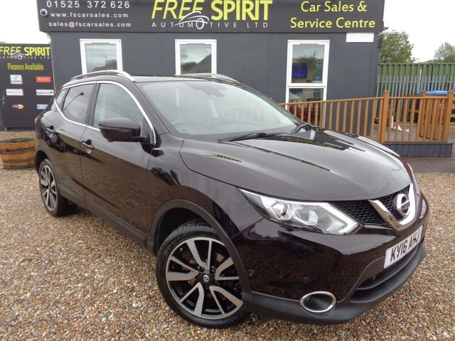 USED 2016 16 NISSAN QASHQAI 1.2 DIG-T Tekna 5dr Pan Roof-Rear Cam-Leather-Nav