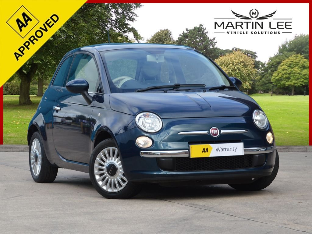 USED 2012 62 FIAT 500 1.2 LOUNGE 3d 69 BHP GREAT CITY CAR WITH COMPLIMENTARY COLOUR COMBINATION
