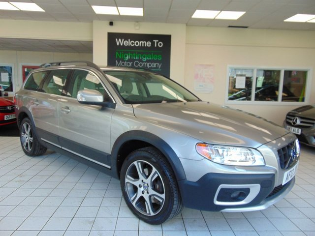 "USED 2012 12 VOLVO XC70 2.0 D3 SE LUX 5d 161 BHP THIS VERY POPULAR VOLVO XC70 D3 SE LUX 2.0 LTR DIESEL AUTOMATIC COMES WITH FULL SERVICE HISTORY + JUNE 2021 MOT + FULL LEATHER TRIM + SATELLITE NAVIGATION + BLUETOOTH + FRONT AND REAR PARKING SENSORS + 13 PIN TOW BAR +  CD/RADIO + CRUISE CONTROL + CLIMATE CONTROL + AUTO LIGHTS + AUTO WIPERS + 18"" ALLOY WHEELS + ELECTRIC WINDOWS + REMOTE CENTRAL LOCKING + POWER TAILGATE + ELECTRIC FOLDING MIRRORS + ROOF RAILS + PRIVACY GLASS + IDIS INFORMATION SYSTEM +ISOFIX AND MUCH MORE"