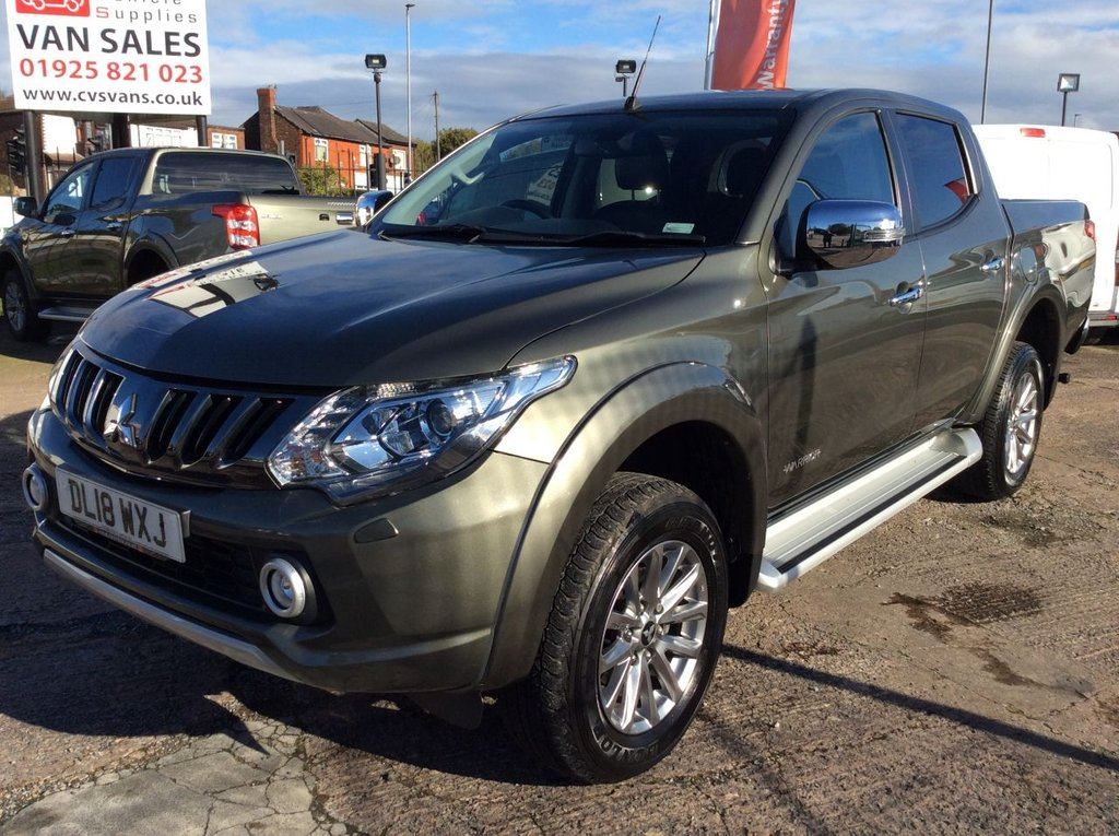 USED 2018 18 MITSUBISHI L200 2.4 DI-D 4WD WARRIOR DCB 178 BHP BEDLINER ROLLER TONNEAU TOWBAR  1 OWNER WARRANTY GREAT SPECIFICATION