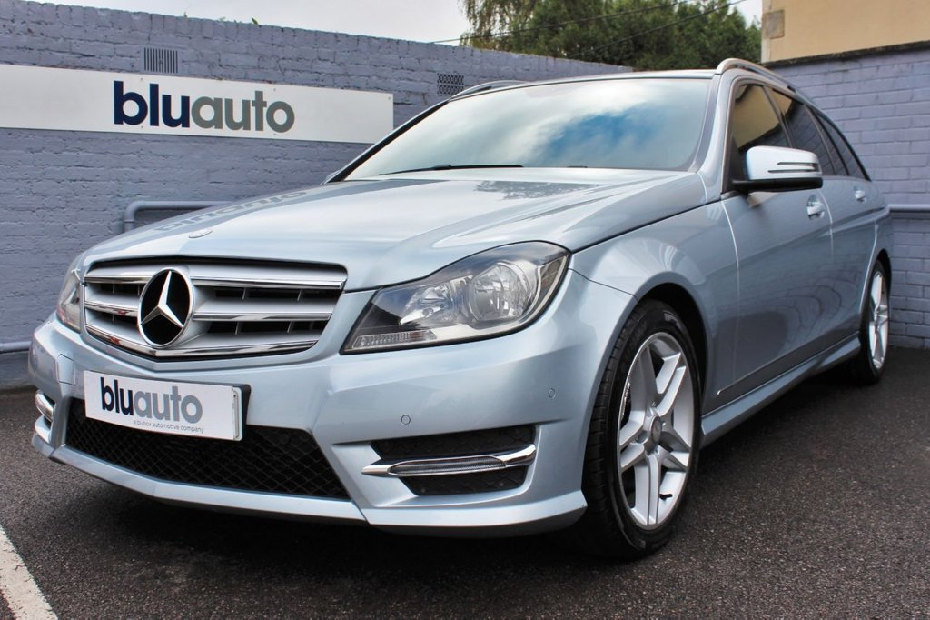USED 2014 63 MERCEDES-BENZ C-CLASS 2.1 C220 CDI BLUEEFFICIENCY AMG SPORT 5d 168 BHP 5 Mercedes Stamps. Part Leather Heated Seats, Dual Climate & Cruise Control, Parking Sensors, Power Boot, Bluetooth