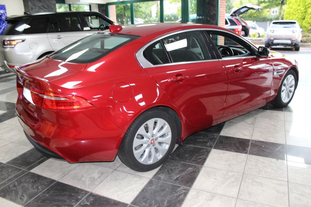 USED 2016 16 JAGUAR XE 2.0 PRESTIGE 4 DOOR 161 BHP