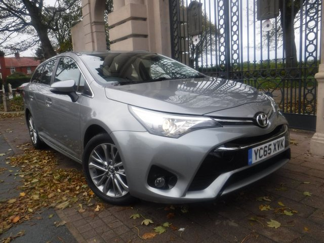 USED 2015 65 TOYOTA AVENSIS 1.6 D-4D BUSINESS EDITION 5d 110 BHP FINANCE ARRANGED**PART EXCHANGE WELCOME**SAT NAV*REVERSING CAM*CRUISE*DAB*BLUETOOTH*USB*AUX*TOW BAR*A/C