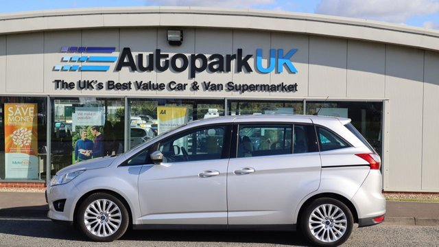 USED 2015 15 FORD GRAND C-MAX 2.0 TITANIUM TDCI 5d 138 BHP . LOW DEPOSIT OR NO DEPOSIT FINANCE AVAILABLE . COMES USABILITY INSPECTED WITH 30 DAYS USABILITY WARRANTY + LOW COST 12 MONTHS ESSENTIALS WARRANTY AVAILABLE FOR ONLY £199 . ALWAYS DRIVING DOWN PRICES . BUY WITH CONFIDENCE . OVER 1000 GENUINE GREAT REVIEWS OVER ALL PLATFORMS FROM GOOD HONEST CUSTOMERS YOU CAN TRUST .