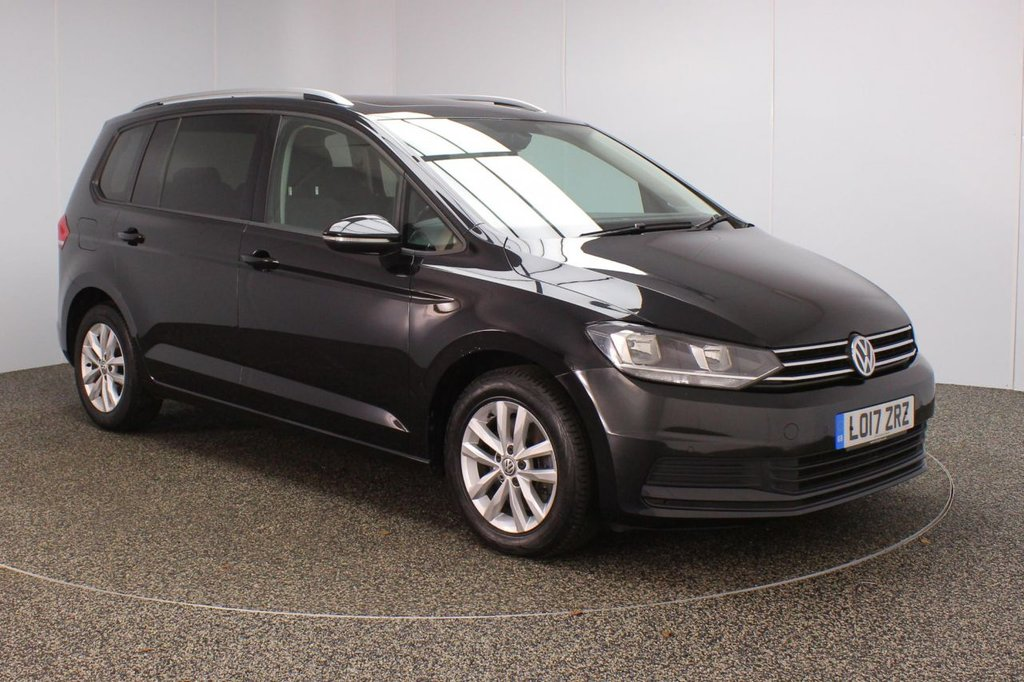 USED 2017 17 VOLKSWAGEN TOURAN 2.0 SE FAMILY TDI BLUEMOTION TECHNOLOGY DSG 5DR AUTO 148 BHP FULL SERVICE HISTORY + 7 SEATS + PANORAMIC ROOF + SATELLITE NAVIGATION + PARKING SENSOR + BLUETOOTH + CRUISE CONTROL + MULTI FUNCTION WHEEL + AIR CONDITIONING + PRIVACY GLASS + DAB RADIO + AUX/USB PORTS + ELECTRIC WINDOWS + ELECTRIC/HEATED DOOR MIRRORS + 16 INCH ALLOY WHEELS
