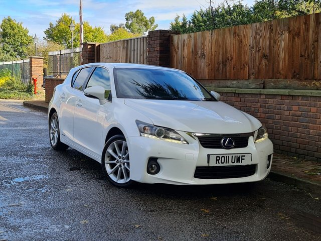 View our LEXUS CT