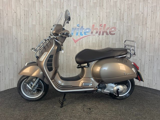 PIAGGIO VESPA GTS  at Rite Bike