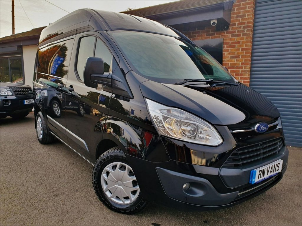 USED 2017 17 FORD TRANSIT CUSTOM 2.0 290 TREND L1 H2 P/V 104 BHP *** GREAT SPEC - BOTT RACKING ***