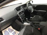 USED 2017 17 VOLVO V40 2.0 D4 MOMENTUM NAV PLUS 5d 188 BHP