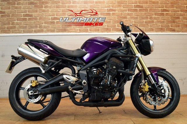 USED 2011 11 TRIUMPH STREET TRIPLE  - FREE DELIVERY AVAILABLE