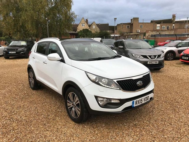 USED 2015 15 KIA SPORTAGE 1.7 CRDi 3 (s/s) 5dr ISG Pan Roof, Camera & Leather