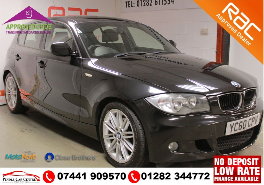 "USED 2010 60 BMW 1 SERIES 2.0 118D M SPORT 5d 141 BHP FSHE + RAC APPROVED + £1000 OF FACTORY FITTED EXTRAS -  17"" M SPORT Spoke Alloys + HALF BLACK LEATHER + USB & AUX PORTS + Rear Parking Sensors + Bluetooth + Rain Sensor  + Cruise Control"