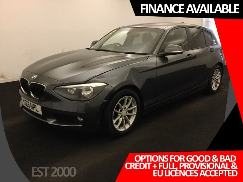 USED 2013 13 BMW 1 SERIES 1.6 116D EFFICIENTDYNAMICS 5d 114 BHP * PARKING SENSORS * AIR CON *
