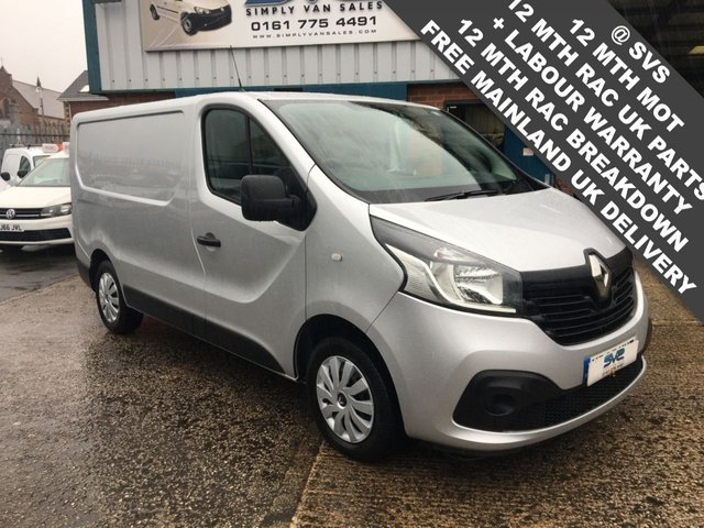 USED 2015 65 RENAULT TRAFIC 1.6DCI SL27 BUSINESS PLUS ENERGY 6 SPEED 120BHP *AIR CON* SILVER