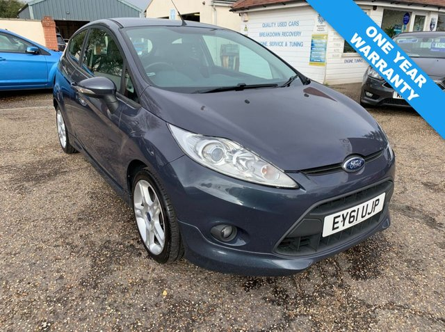 USED 2011 61 FORD FIESTA 1.6 ZETEC S TDCI 3d 94 BHP ONE YEAR WARRANTY INCLUDED / FULL SERVICE HISTORY / VOICE COMMS /  USB / BLUETOOTH