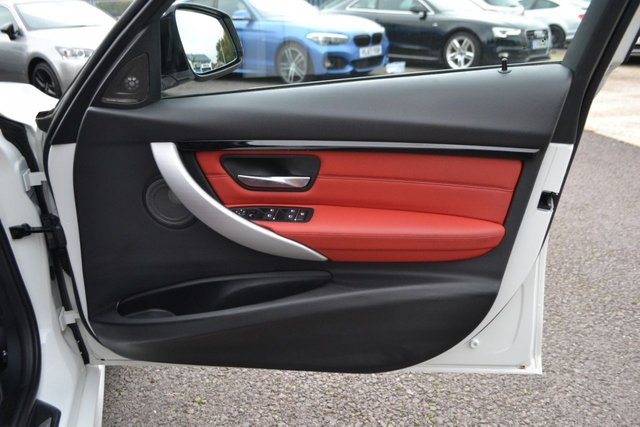 USED 2017 67 BMW 3 SERIES 2.0 330E M SPORT 4d 181 BHP ~ PRO NAV ~ 19