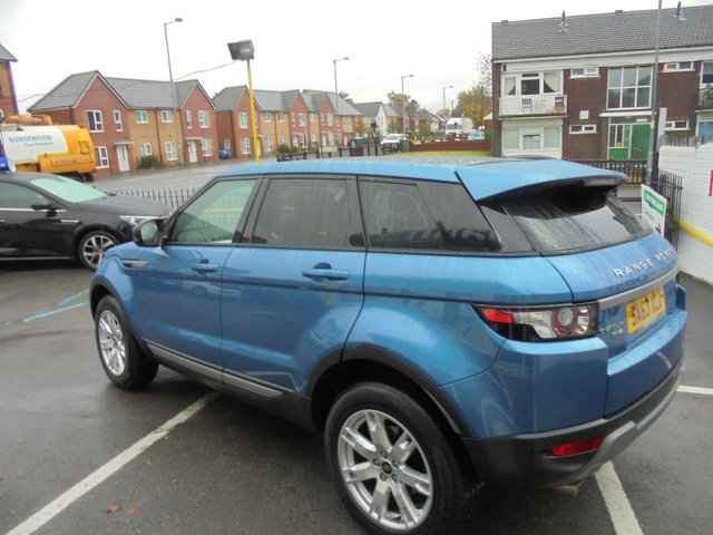 USED 2013 63 LAND ROVER RANGE ROVER EVOQUE 2.2 SD4 PURE TECH 5d 190 BHP CLICK AND COLLECT ON YOUR NEXT CAR