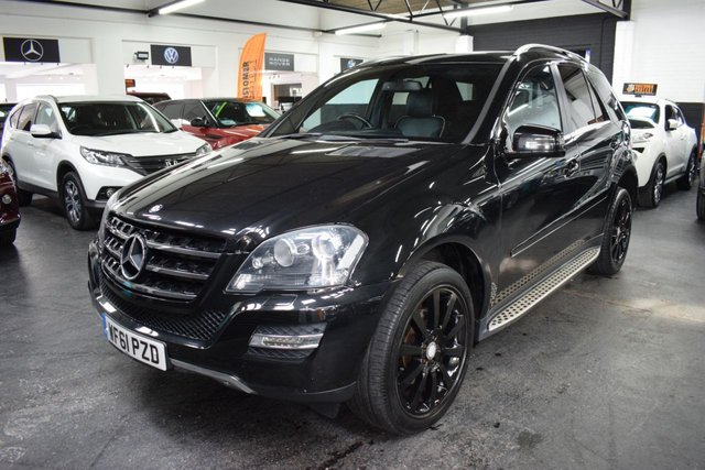 USED 2011 61 MERCEDES-BENZ M-CLASS 3.0 ML350 CDI BLUEEFFICIENCY GRAND EDITION 5d 231 BHP RARE GRAND EDITION - 2 PREVIOUS KEEPERS - FULL MERCEDES S/H TO 78K - LEATHER - NAV - HEATED SEATS - SIDE STEPS