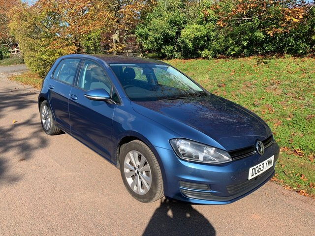 USED 2013 63 VOLKSWAGEN GOLF 2.0 SE TDI BLUEMOTION TECHNOLOGY DSG 5d 148 BHP ** MOT ** FULL SERVICE HISTORY ** £30 ROAD FUND **