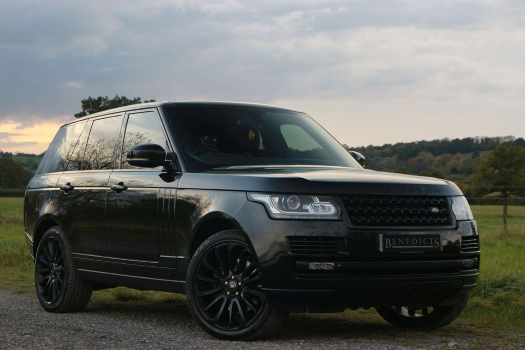 USED 2013 63 LAND ROVER RANGE ROVER 4.4 SDV8 AUTOBIOGRAPHY 5d 339 BHP