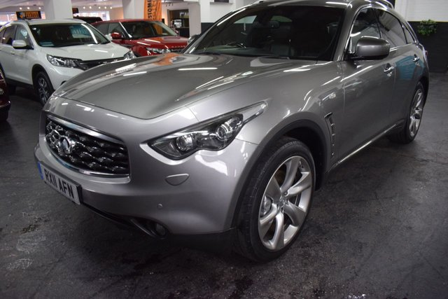 USED 2011 11 INFINITI FX 3.0 FX30D S PREMIUM 5d 235 BHP 4X4 AUTO  STUNNING EXAMPLE - 7 STAMPS TO 65K MILES - LEATHER - NAV - HEATED / COOLED SEATS - SUNROOF - PRIVACY GLASS