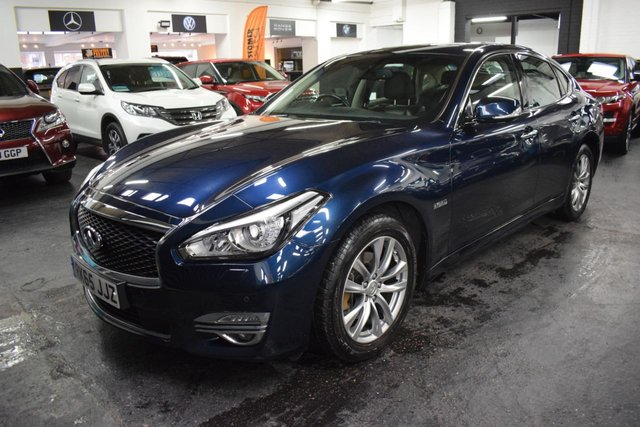 USED 2015 65 INFINITI Q70 3.5 PREMIUM TECH HYBRID 4d 302 BHP GREAT VALUE HYBRID - ULEZ COMPLIANT - ONE PREVIOUS KEEPER - S/H TO 53K - LEATHER - NAV - HEATED/COOLED SEATS - SUNROOF