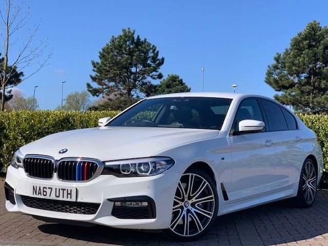 USED 2017 67 BMW 5 SERIES 3.0 540I XDRIVE M SPORT 4d 335 BHP