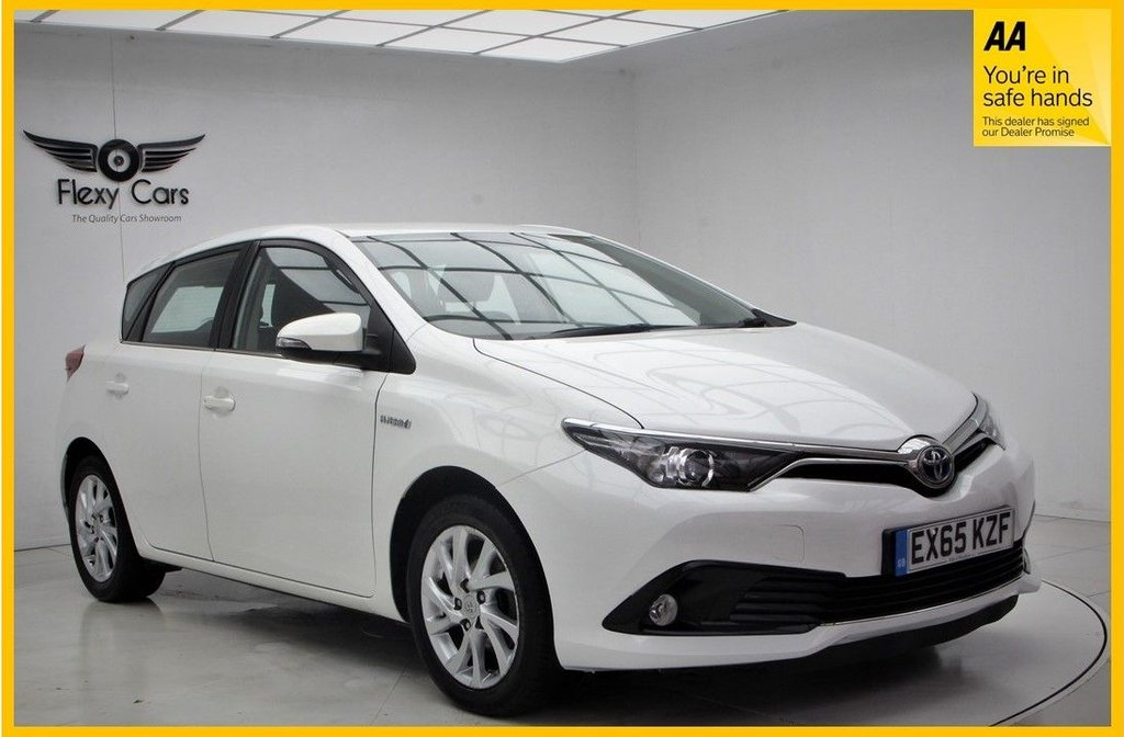 USED 2015 65 TOYOTA AURIS 1.8 VVT-I ICON 5d 99 BHP