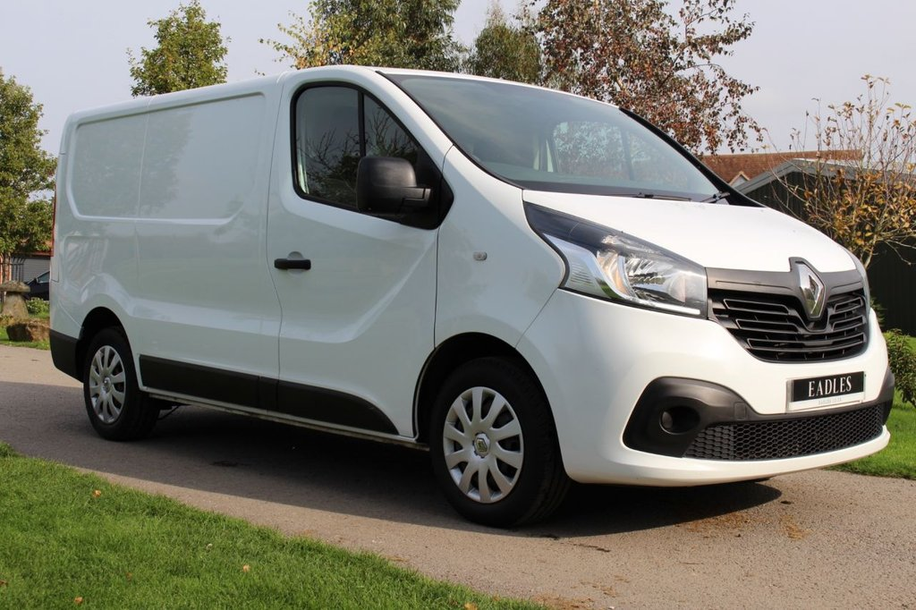 USED 2015 15 RENAULT TRAFIC 1.6 SL27 BUSINESS PLUS DCI S/R P/V 115 BHP Business Plus - Ready to go -
