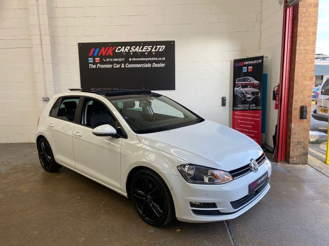 2013 13 VOLKSWAGEN GOLF 2.0L GT TDI BLUEMOTION TECHNOLOGY DSG 5d 148 BHP  PAN ROOF DSG  ADAPTIVE CRUISE CONTROL SAT NAV TIMING BELT WATER PUMP DONE SOLD TO MICHAEL AND HIS FAMILY FROM HALIFAX