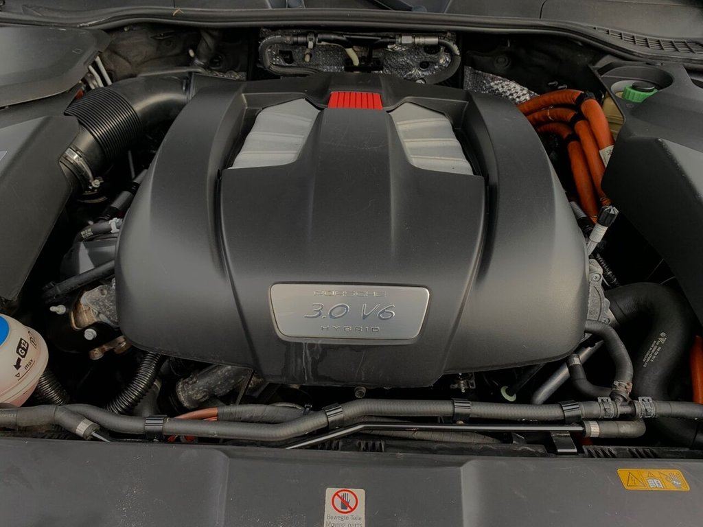 USED 2010 10 PORSCHE CAYENNE 3.0 S HYBRID TIPTRONIC S 5d 333 BHP