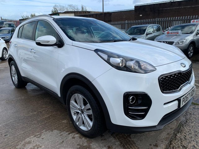 """USED 2017 67 KIA SPORTAGE 1.6 2 ISG 5d 130 BHP 2 KEYS+1 OWNER+17""""ALLOYS+USB+KIA EXT WARRANTY+NAVIGATION SYSTEM WITH SD CARD+AIRCON+CLIMATE+PARKING SENSORS+BLUETOOTH+AUX+CRUISE CONTROL+"""